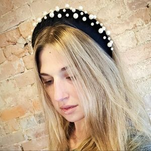 Accessories - Padded velvet headband with pearls